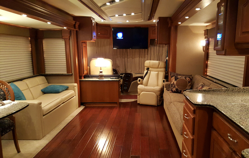 2006 Country Coach Magna 630quad Slide