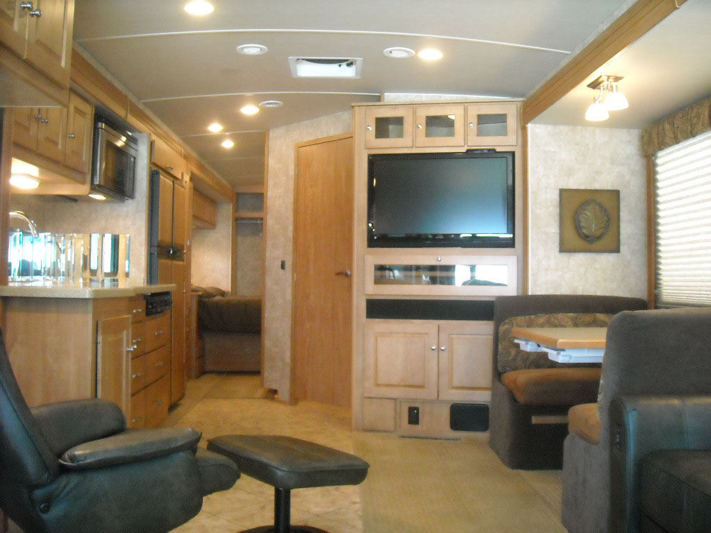 Excellent 2016 Winnebago Aspect 27D For Sale In Tampa FL  Lazydays