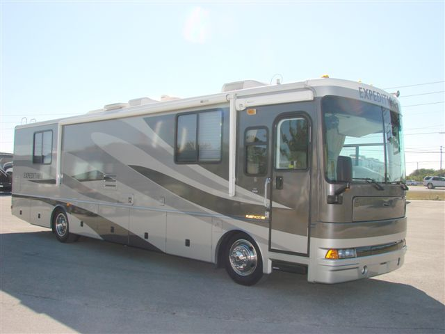 2004 Fleetwood Expedition Motorhome Rv For Sale